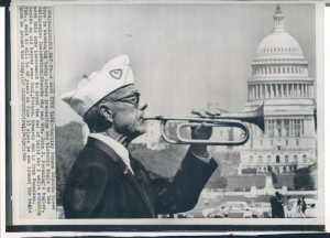 WWI veteran Hartley Benson Edwards, who played taps to signal the cease fire in France in 1918, photographed in 1966.